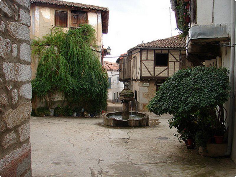 Plaza Cuacos de Yuste